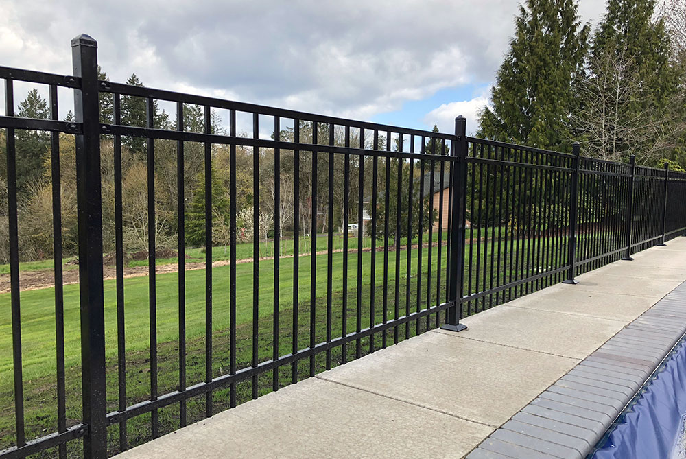 Losli Iron Fence